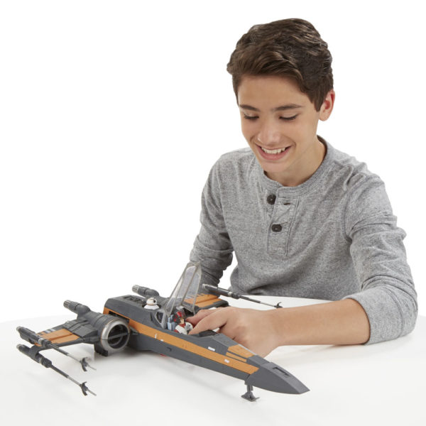Episode VII Class III Vehicle 2015 Poe's X-Wing Fighter
